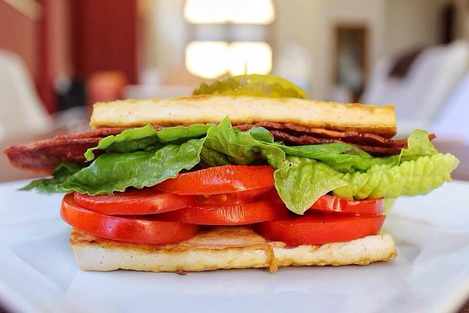 American BLT Sandwich